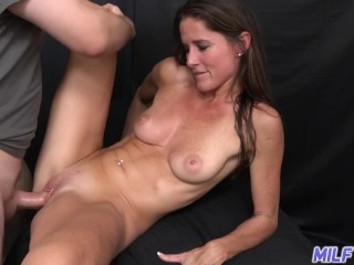 Xnxx Com Vidyo Long-Legged Brunette Milf Photographer Fucks Young Guy In Her Photo Studio, Babe