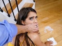 DadCrush - Stepdaughter Caught Twerking By Stepdad