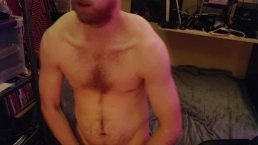 FLEXING AMATEUR MODEL FREAKYKNIGHT SHOW OFF FOR LIVE AUDIENCE ON CHATURBATE