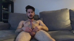 Huge Handsfree Cumshot