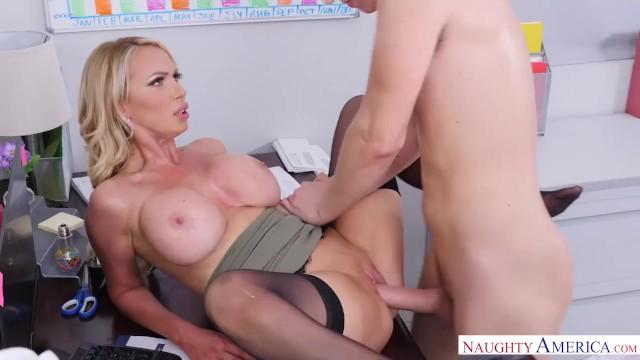 Naughty America Full Hd Sex Video