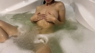 Hot girl takes a bath and masturbates - Mini Diva Grinding adult