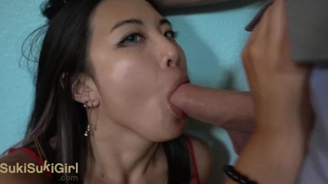 čínská dívka anální sex