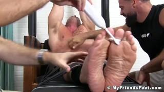 Muscular stud Joey J breaks down from rough tickling Cum eating