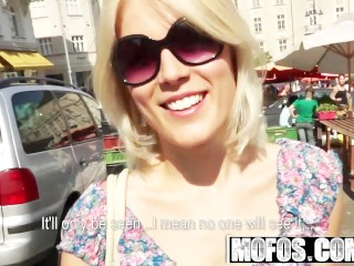 Schlauchtitten Bdsm Tip Mofos - Public Pickups - Catherine - At The Market, Blonde Blowjob