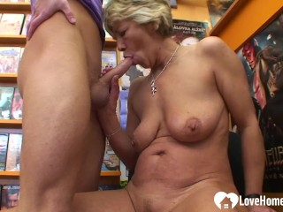 Adult sex jobs instead of renting a video she got fucked, lovehomeporn old amateur homemade gilf blowjob