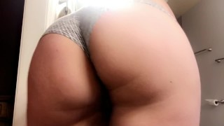 Playing with my booty