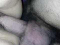 Llenando su vagina de semen