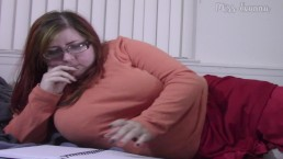 Chubby Velma Masturbates and Cums!