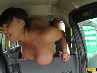 fake taxi cabbie fucks brunette beauty's blowjob lips and big ol' tits