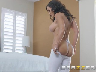 BRAZZERS - Our Queen Is Back - Lisa Ann in her first Anal scene in 3 years