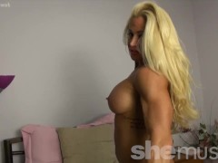 Naked Female Bodybuilder Blonde Big Tits