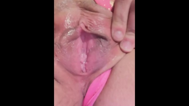 Sexy White Pussy Gets Fucked