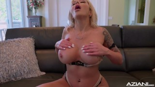 Sexy blonde Nina Elle dildos her pussy till she reaches orgasm porno