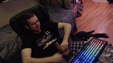 Horny gay stud jerks off uncircumsized dick on cam (no cum) Hot wanker boy
