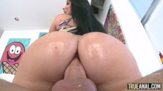 TRUE ANAL Working out Romi Rain's bubble butt
