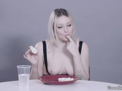 Arielle Aquinas Munches A Bagel ASMR Food Fetish