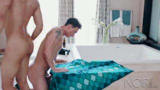 noirmale straight big dick interracial roommates have hot anal sex