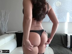 Real MILFs - Latina MILF Sheena Ryder twerks on a dick