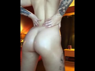 body oil perfect ass rub down after shower