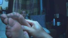 Valentina Castiblanco - Worship my pantyhose soles and rub my sore feet POV