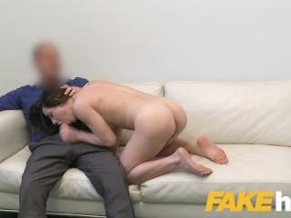 Giorgia Roma nel suo primo provino per diventare attrice porno a Praga