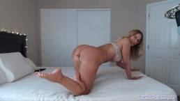 Gorgeous Big Booty MILF Shakes Her Big Ass Naked
