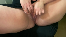 Amateur bbw Fat ass loose skin fingered her big pussy to squirt and vibrate