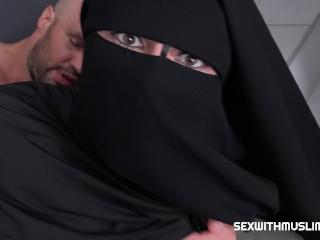 Equipment for masturbation randy worker helps valentina ross in niqab valentina ross in niqab has prob, rough petite big cock muslim arab amateur