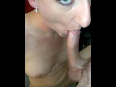 Sexxycandyxxx I LOVE ass to mouth...