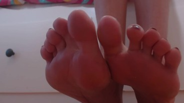 Foot worship and humiliation video by EroticTanya Livejasmin