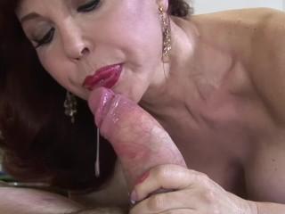 Videos de sexo maduras chica desnudandose