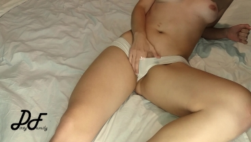 Crossed Legs Masturbation in White Cotton Panties ~DirtyFamily~