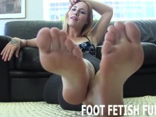 Toe Sucking Fetish And Femdom Feet Porn