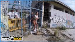 BANGBROS - Glorious PAWG Franceska Jaimes Public Anal Fuck!