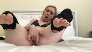 Horny Amateur Teen Makes Herself Cum In Under 2 Minutes