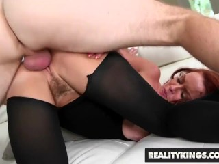 Reality Kings- Sexy milf Janet Mason gets Levi Cashs younger cock