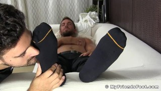 Feet businessman jerking worshiped hunky while off worship toes