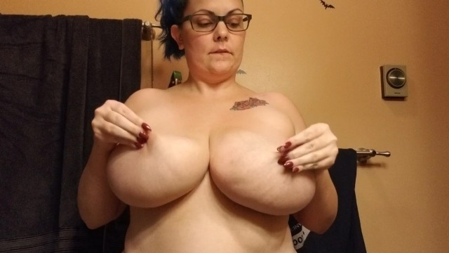 Amazing boob boobies breast tit tit - Slapping her big natural tits thicc amateur with h cup boobies purplezebra