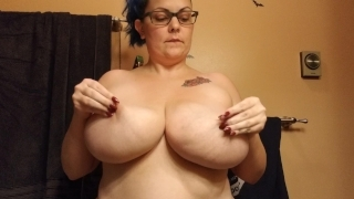 Slapping Her Big Natural Tits! Thicc Amateur with H Cup Boobies Purplezebra