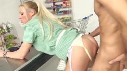 Shopgirl banged at the supermarket