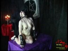 Gothic Schlampe Züchtigen ! Scream and Pain of Nadine Cays ! SM Clip I