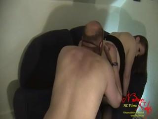 Teen Girl Nadine Cays lässt sich ihren Arsch auslecken ! Asshole licking