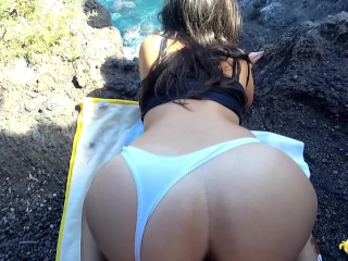 18yo sucking and fucking outdoor and she choked with the cum