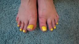 big feet of mature bbw