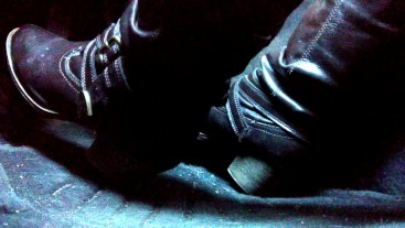 Pedal pumping and cranking in my boots, super close up angle
