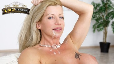 Lara De Santis - bellisima milf trombata e sborrata in faccia