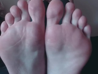 Venus Venerous Lotioned Feet