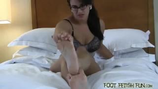 Fetish foot feet porn and femdom worshiping kink blonde