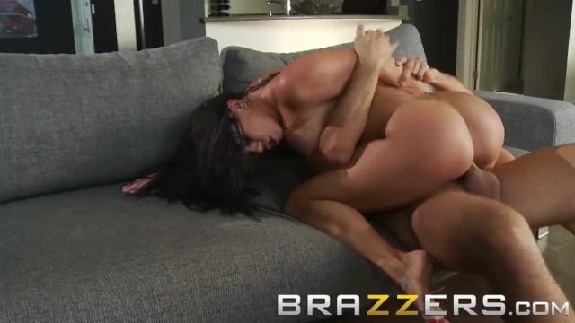 Análny kurva obrovský penis